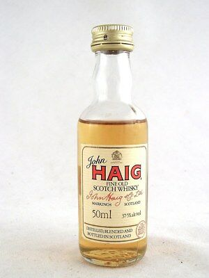 Miniature circa 1986 JOHN HAIG Scotch Whisky Isle of Wine