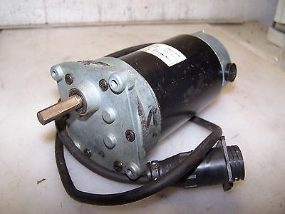 New Vonheise 1/10 Hp Dc Electric Gearmotor V05159Aa80  90 Vdc 180 Rpm Output