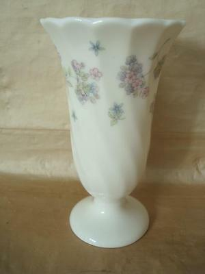 Wedgwood Cornucopia Small Vase 1500 Picclick Uk