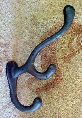 Cast Iron Wall Hat & Coat Hooks CH53 (lot of 4)