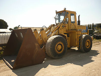 Loader Kobelco 700 Sound 19 Ton Unit 11,000 Hrs 1986 Model