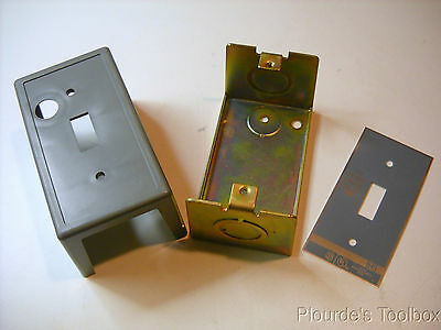 New Square-D Manual Starter Switch Enclosure Only, #55395