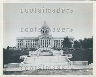 Kentucky State Capitol Building Frankfort Press Photo