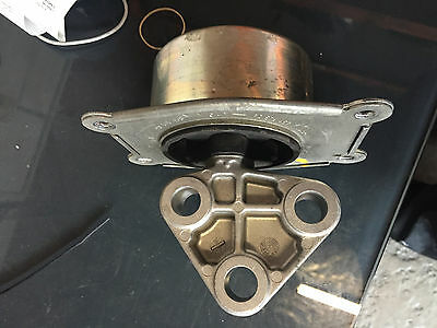 GENUINE LH/Auto  Engine Mount to suits Holden Astra TS / AH   98-10   1.8L