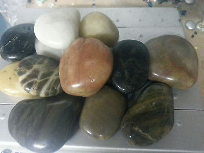 5kg Mixed Polished River Pebbles 25-45mm Garden and Water Features Home