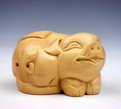 Boxwood Hand Carved Netsuke Sculpture Miniature Smiling Piggy & Coin #11131506