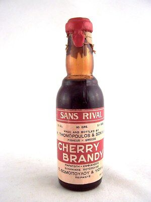 Miniature circa 1975 SANS RIVAL Cherry Brandy Isle of Wine