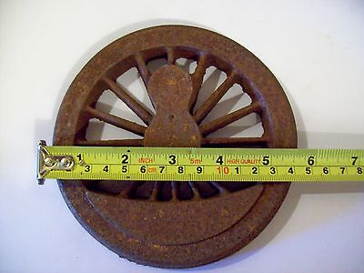Live Steam 16 Spoke Cast Iron Locomotive Driving Wheel, 5  or 3 1/2 inch gauge.