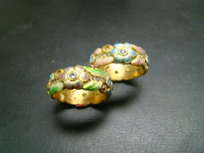 Amazing 18K  finely enameled Flower bands with diamonds