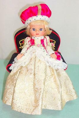 """Once Upon A Time Tiny Ann Estelle Tonner 8"""" Doll Blonde QUEEN Engelbreit w/Chair"""