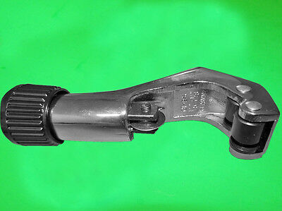 """Heavy Duty Tube Cutter With Deburring 1/8"""" To 1-1/8"""" O.d. Tubing (New)"""