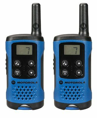 4Km Motorola TLKR T41 WalkieTalkie 2 Two Way PMR 446 Compact Radio Set Twin Blue
