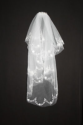 AU Stock New 2T Wedding Bridal Veil Ivory with Embroidery Edge.