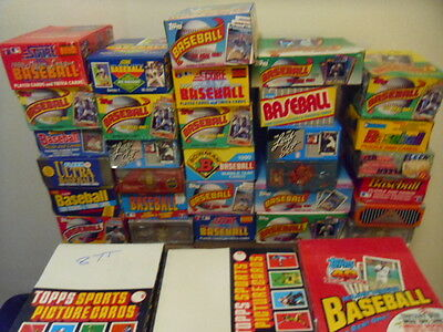 100 Vintage Baseball Cards In Unopened Packs! FREE Hall Of Famer Cards Each Lot