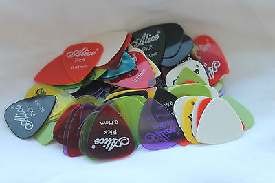 20 x GUITAR PICKS PLECTRUM Plec ELECTRIC ACOUSTIC BASS Assorted Colours