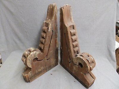 Antique Pair Wood Corbels  Shabby Old Chic Roof Victorian Vtg Gingerbread 26-16
