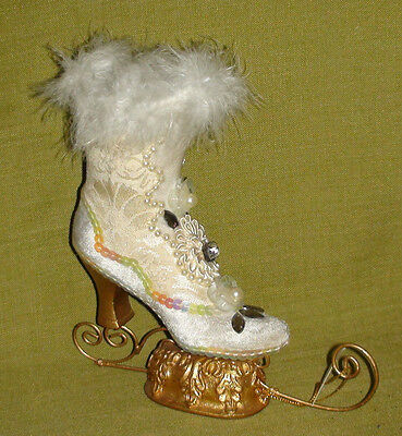 """Katherine Collection"" Snow Queen Boot"
