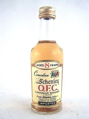 Miniature circa 1974 SCHENLEY OFC 8YO Canadian Whisky Isle of Wine