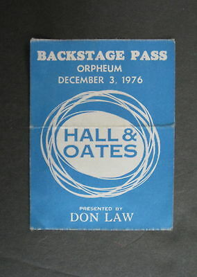 Daryl HALL & John OATES Orpheum Theatre BOSTON 1976 Concert BACKSTAGE Pass