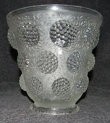 Verlys Les Cabochons Frosted French Vase/Bowl with Berries Pattern