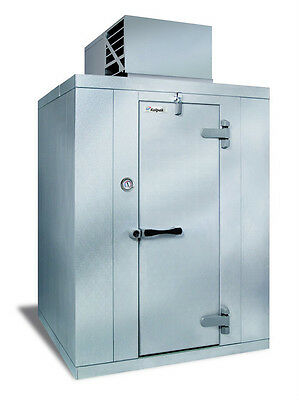 """Kolpak P7-1010-CT 9'8"""" x 9'8"""" x 7'6.25""""H Walk-In Cooler Self Contained"""