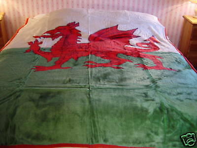 Wales/ Welsh Dragon Mink Blanket/throw  . Warm Cosy .   Single