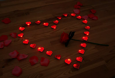 25X Proposal LED Flash Lamps Red Light Heart Shape Valentine's Day wedding Love