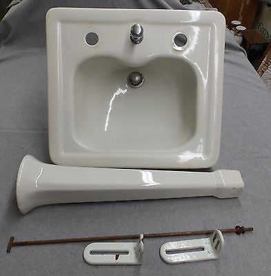 Vtg White Porcelain Peg Leg Sink Old Standard Bathroom Lavatory Plumbing 91-16