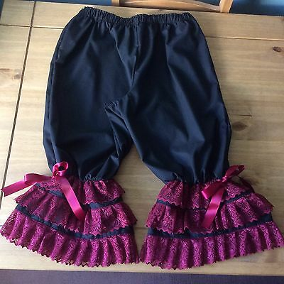 Burlesque Black bloomers edged with 3 rows of burgundy lace