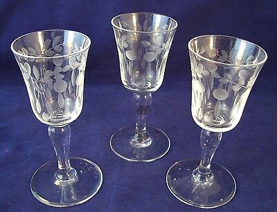 Libbey Rock Sharpe Floral Optic Clear Stemmed Shot Glasses Set of 3 Cut Flowers
