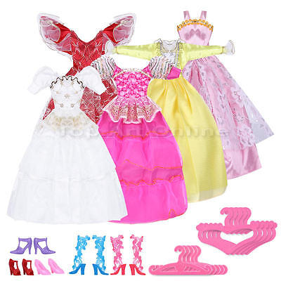 5 Pairs High Heel Shoes Boots 5pcs Dresses Clothes 5Pcs Hangers For Barbie Doll