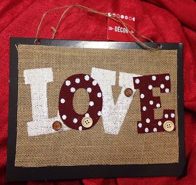 """Valentine's Day Wall Or Door Sign LOVE Burlap Buttons Hanging Party Decor 11x9"""""""