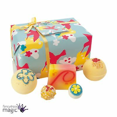 Bomb Cosmetics Birds Of Paradise Gift Pack Natural Wrapped Mothers Day Bath Set
