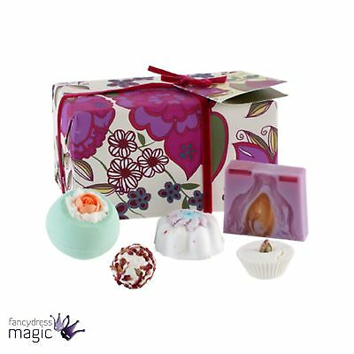 Bomb Cosmetics Velvet Vintage Gift Natural Handmade Wrapped Mothers Day Bath Set