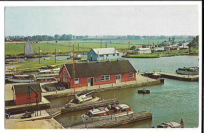 Potter Heigham & Broads Haven, Norwich 1973 PMK to Poole Cabin cruiser boats