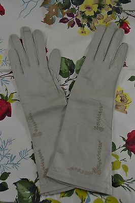 VINTAGE mid length grey kid leather gloves embroidered size 6 1/2 NEVER WORN