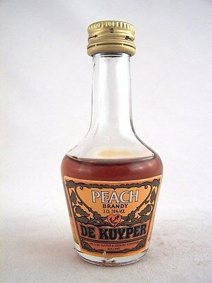 Miniature circa 1980 DE KUYPER PEACH BRANDY 3cl Isle of Wine