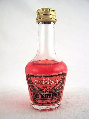Miniature circa 1980 DE KUYPER RED CURACAO 3cl Isle of Wine