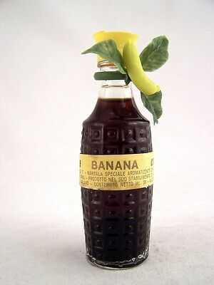 Miniature circa 1974 CREMDEA BANANA Isle of Wine