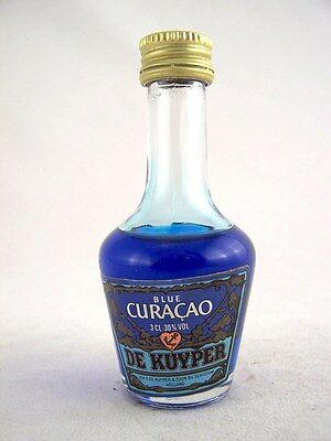 Miniature circa 1980 DE KUYPER BLUE CURACAO 3cl Isle of Wine