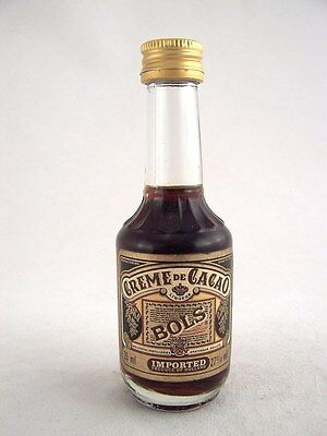 Miniature circa 1985 BOLS CRME DE CACAO 35ml Isle of Wine
