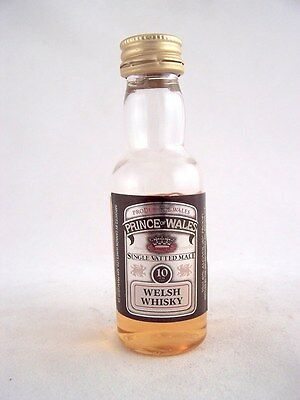 Miniature circa 1999 PRINCE OF WALES 10YO WELSH WHISKY (PLASTIC Isle of Wine