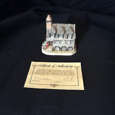 David Winter British Traditions Burns Reading Room in Original Box With COA