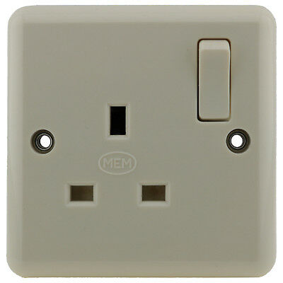 Original AEI Ivory Bakelite UK Single Switched Mains Socket