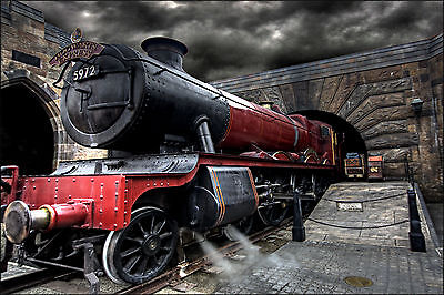 Hogwarts Express Steam Train Harry Potter WALL ART CANVAS FRAMED OR POSTER PRINT