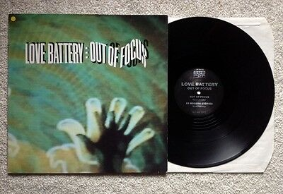 """LOVE BATTERY / OUT OF FOCUS - 12"""" (printed in Germany - SUB POP 1991) EX-/NM"""