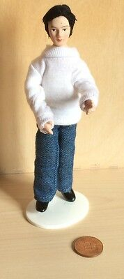 Robert Male Doll, 1.12 Scale Dolls House Miniature Doll Man, Casual Clothing