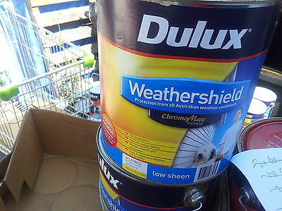 Dulux 4 Litre Weathershield Exterior Gloss Bold-Yellow Colour Paint