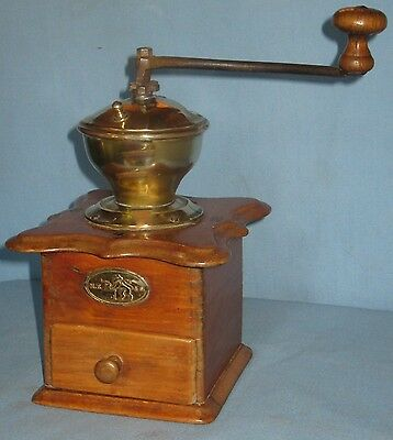 ANTIQUE BRASS&WOOD COFFEE MILL w/METAL HANDLE WOODEN KNOBS DRAWER M.F.&S. LABEL.