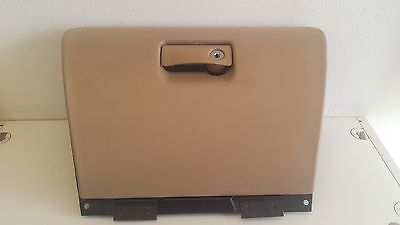 98 99 00 01 02 03 Jaguar Tan Glove Box Assembly